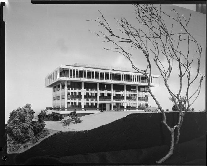 Model of Meteorological Office, Kelburn, Wellington