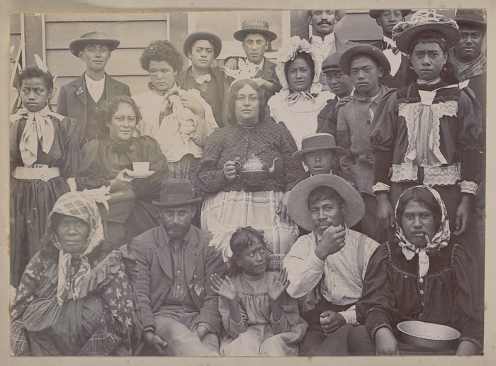 Unidentified Maori group at Parihaka Pa