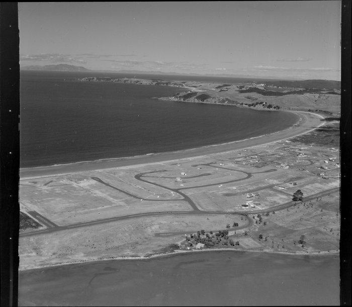 Omaha, Omaha Bay with early roading development