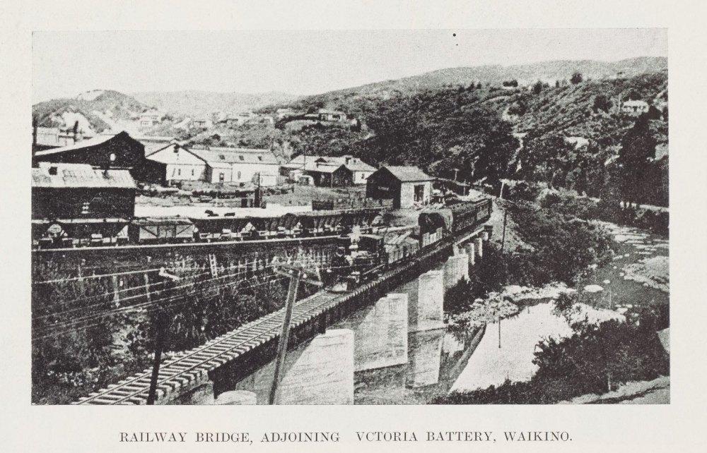 RAILWAY BRIDGE, ADJOINING VCTORIA BATTERY, WAIKINO.