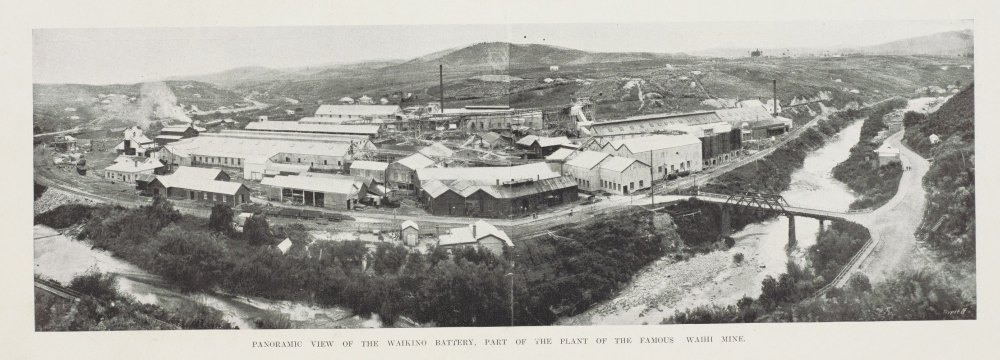 PANORAMIC VIEW OF THE WAIKINO BATTERY, PART OF THK PLANT OF THE FAMOUS WAIHI MINE.