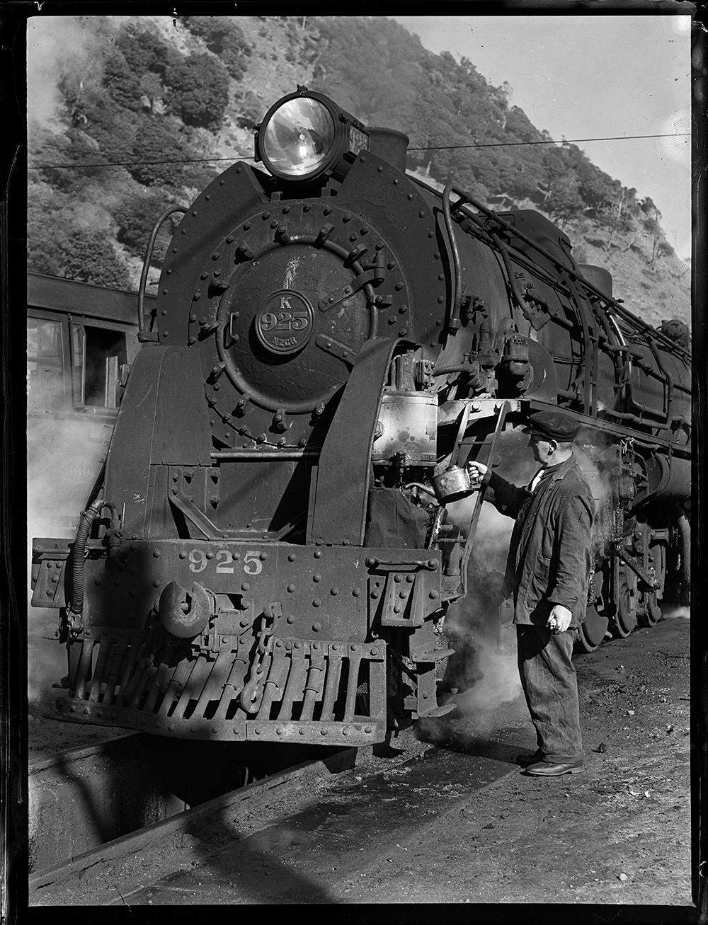 'K' class locomotive number 925 at Paekakariki Locomotive Depot