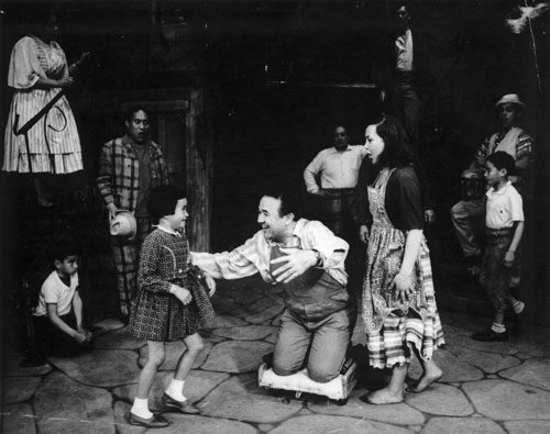 Inia Te Wiata (centre) in the New Zealand Opera Company production of Porgy and Bess, 1965