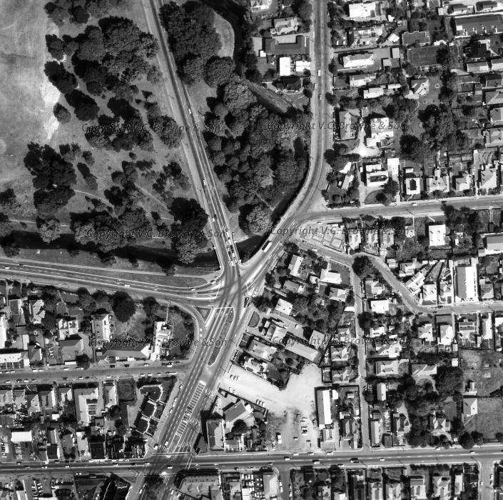 Bealey Ave - Hagley Park - Christchurch (12748/12750)