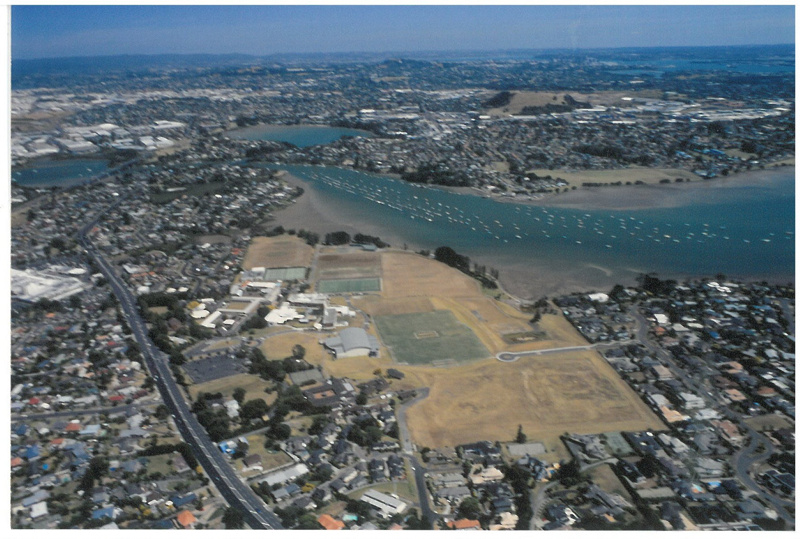 Pakuranga and Saint Kentigern College - aerial