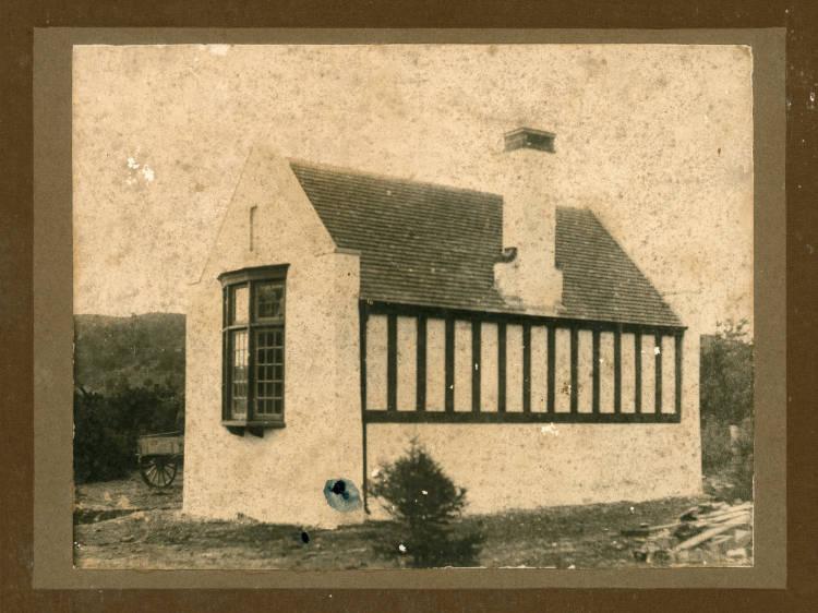 Albany Memorial Library, Albany, North Shore..