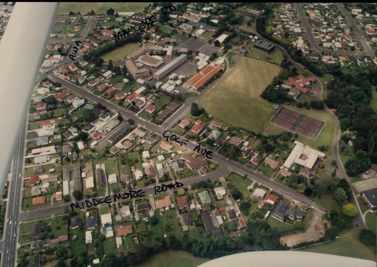 Aerial view of Otahuhu, ca 1987.