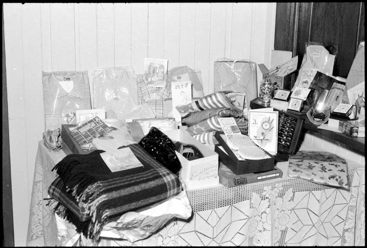 21st birthday gifts and cards, 1959