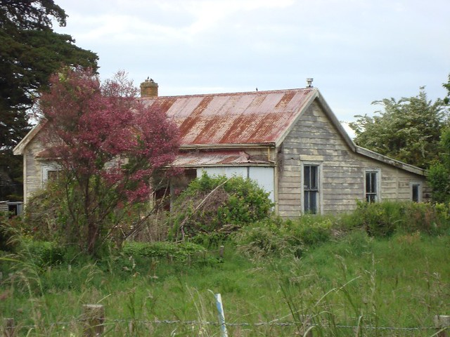 Old house, East Kihikihi, New Zealand