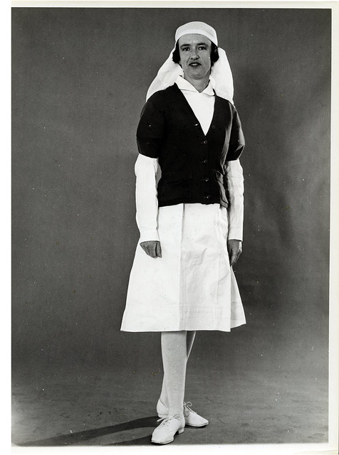 Dental Nurse fashion, 1940s