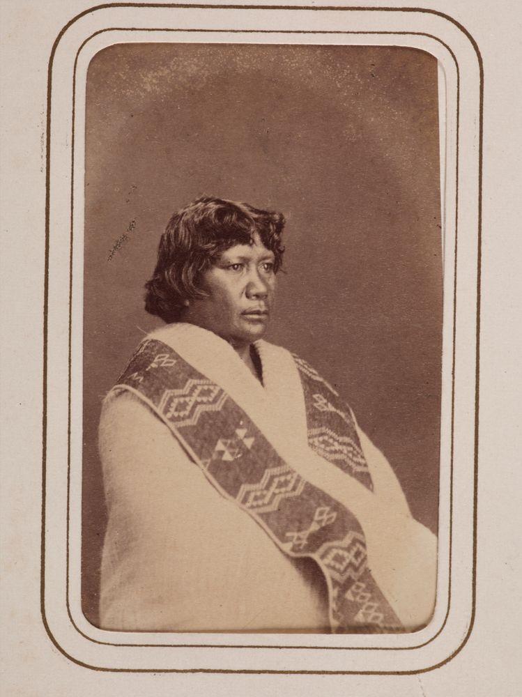 Maori woman, thought to be Mere Kapa Ngamai I, Ngati Te Whiti, Ngati Tawhirikura, Te Atiawa iwi. From the album: New Zealand and South Seas