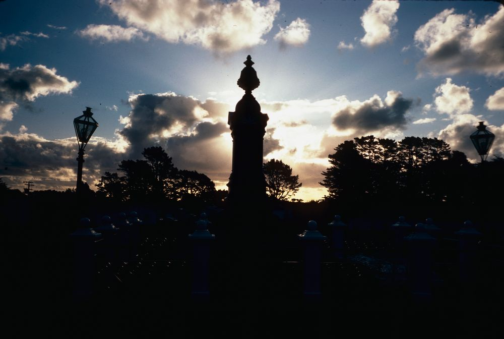 New Zealand Historic Buildings: Te Whiti's Grave, Parihaka