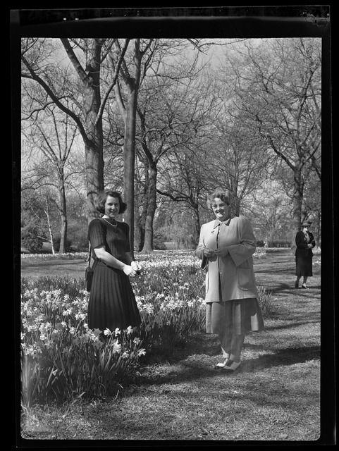 Doreen Blumhardt and May Keys at Hagley Park