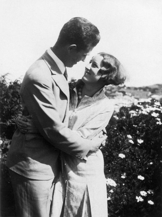 Sylvia Ashton-Warner and her husband, Keith Henderson