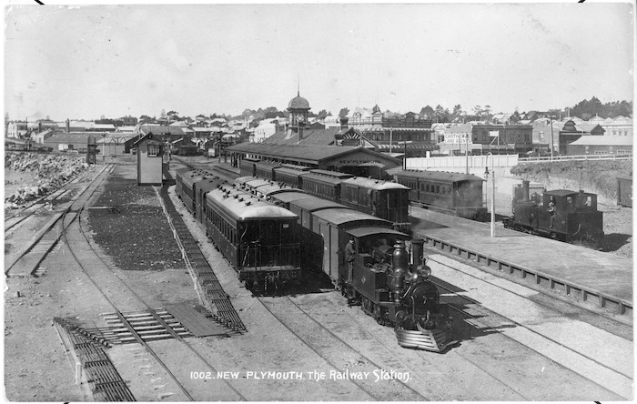 Trains, New Plymouth railway station