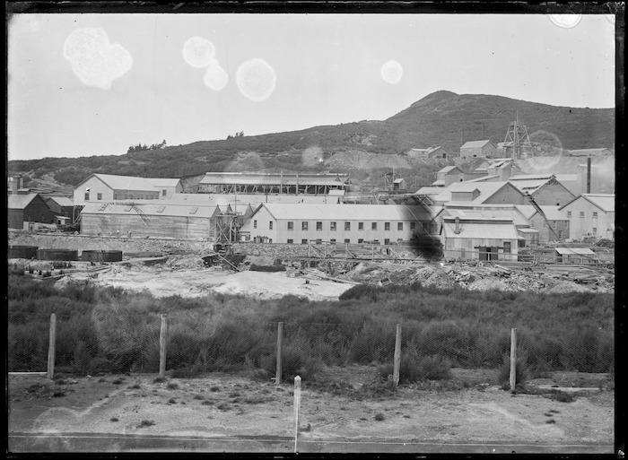 Martha gold mining battery at Waihi, before the shift to Waikino