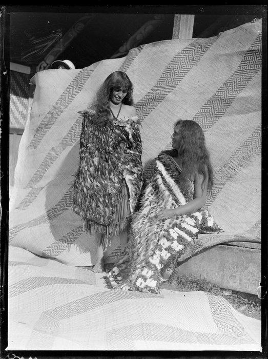 Annie Ngauru Hoko (nee Downs) and Te Puia Raukura (nee Hoko) in traditional Māori dress