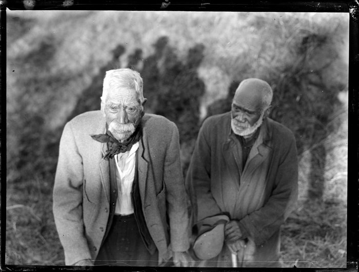 Two Māori Rangiriri veterans at the memorial unveiling, 1927