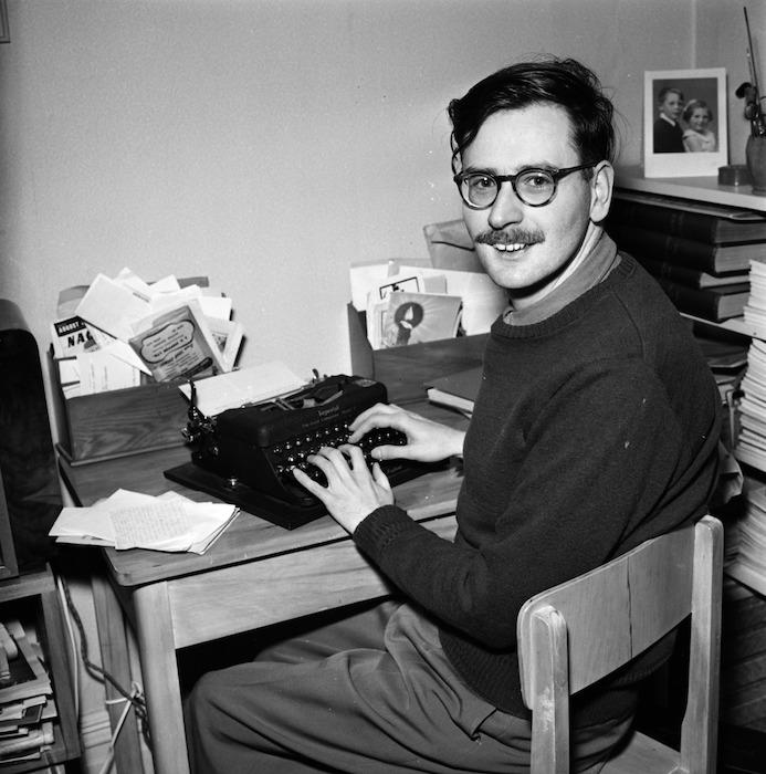 Dennis McEldowney, writer