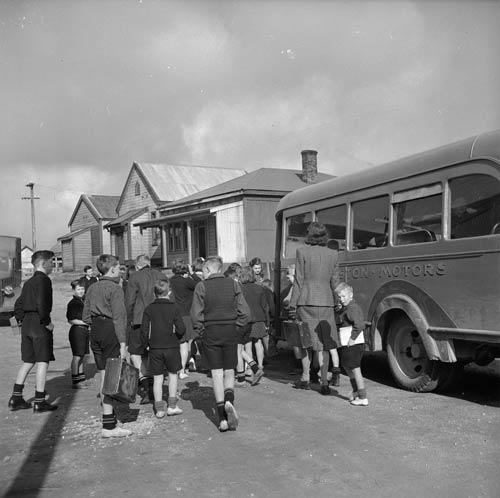 School bus, 1940s