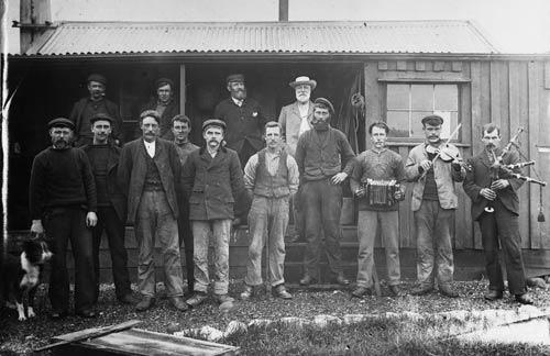 Shetland Islanders on Campbell Island, about 1904