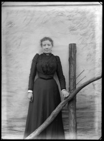 Portrait of unidentified woman, probably Christchurch district