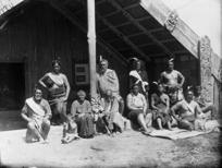 Ngati Haua group at Te Wai o Turongo runanga house, Waharoa