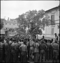 Prime Minister Peter Fraser addresses New Zealand troops in Atina, Italy, World War II - Photograph taken by M D Elias