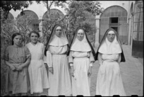 Sisters of San Felice Convent and civilian Red Cross workers caring for World War II German sniper victims in Florence, Italy - Photograph taken by George Kaye