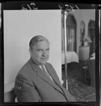 Mr E H Guswold