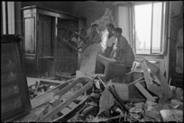 New Zealand soldiers in shelled house, Italy, during World War 2