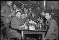 New Zealand World War 2 soldiers, Christmas dinner in Italy