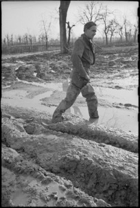 New Zealand soldier, Faenza sector, Italy, during World War 2