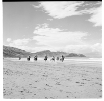 Castlepoint, and the annual horse races along the beach, 1971.