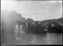 Pukeko Point, Raglan County, 1910 - Photograph taken by Gilmour Brothers