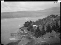 Te Akau Homestead on Darrows Station, Te Akau, near Raglan, 1910 - Photograph taken by Gilmour Brothers