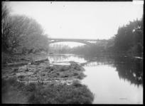 Traffic Bridge over the Waikato River at Hamilton, circa 1910s