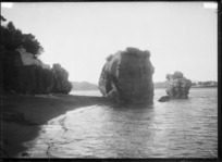 Pungataka Point, Raglan Harbour, 1910 - Photograph taken by Gilmour Brothers