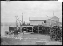 Launches at Kawhia wharf - Photograph taken by Jon Ltd