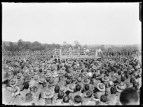 A crowd of soldiers watching a boxing match at the New Zealand Divisional Sports, Authie
