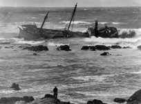 [Photographer unknown] :The wreck of the `Progress' in Ohiro Bay, Wellington