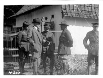 Sir Thomas MacKenzie with New Zealand officers in France, World War I