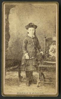 Hemus & Hanna (Auckland) fl 1879-1882 :Portrait of Muriel Rye (aged 6 years) 1883