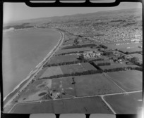 Oamaru, Otago, including beach, housing and rural area