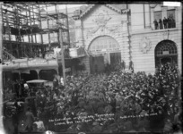 2nd Contingent of Auckland Territorials leaving for the Front