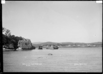 Raglan from Pungataka, looking across the harbour, August 1910 - Photograph taken by Gilmour Brothers