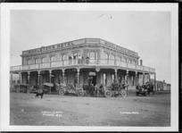 Middleton's Hotel, Opunake - Photograph taken by David Duncan
