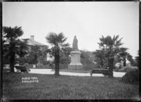 View of the statue of Queen Victoria in Albert Park, Auckland