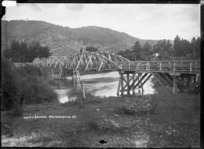 Waipa Bridge over the Waipa River at Ngaruawahia, 1910