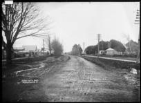 Great South Road, the main road through Ngaruawahia, 1910 - Photograph taken by Robert Stanley Fleming